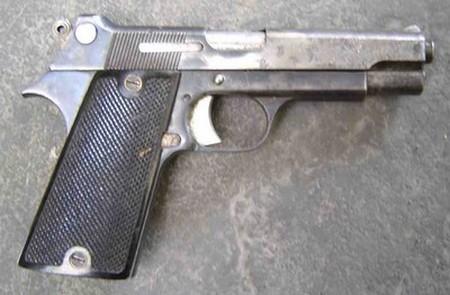 Pistolet automatique SACM modèle 1935