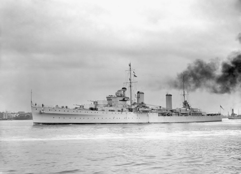Le HMAS Perth ex-HMS Amphion