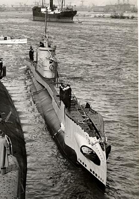 HMS Taurus, sous-marin type T