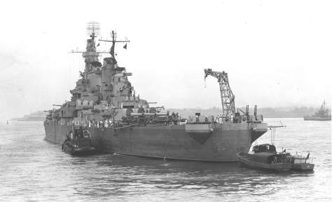 USS Iowa New York juillet 1943.jpg