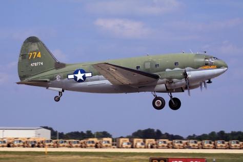 Curtiss C-46 Commando 11.jpg