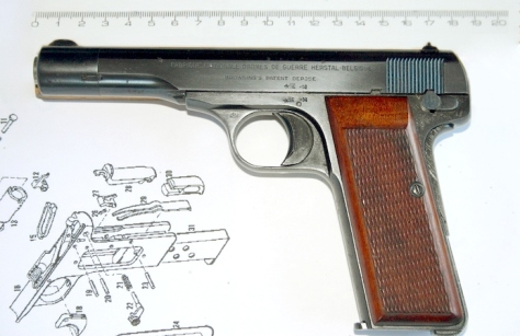 Browning M-1910 mod.22 4